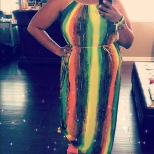 Dresses & Skirts - Multi maxi dress. Island vibes!!!
